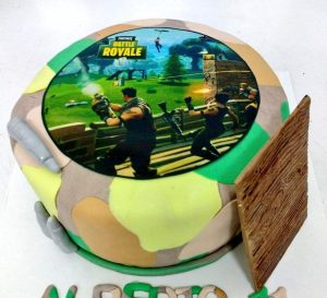 tarta-fortnite-min